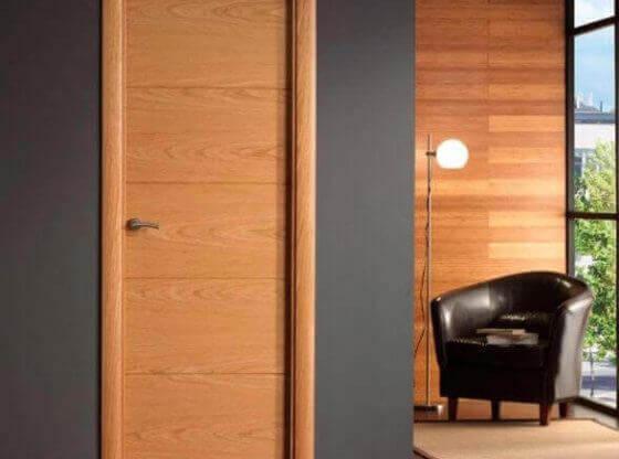 Интериорна врата цвят дъб